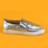 Beiläufiger Breathable silberner Beleg auf PU-Leder gesponnenen Turnschuh-Schuhen für Damen