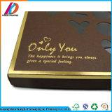 Papppapiergeschenk-verpackenschokoladen-Kasten mit Papierteiler
