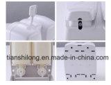 Double distributeur manuel élégant fixé au mur de savon liquide dans Public&Bathroom