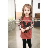 女の子の印刷されるMickeyの長い袖のTシャツの子供の衣服