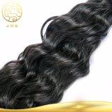 Preiswertes rohes schwarzes natürliches Remy unverarbeitetes peruanisches Jungfrau-Haar-GroßhandelsMenschenhaar