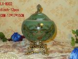 I vasi di ceramica, gli ornamenti di ceramica, i mestieri di ceramica, i POT di ceramica, gli ornamenti della porcellana, ornamenti classici, orna il palazzo