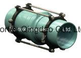 A junção de Bell da tubulação do PVC conteve a junção