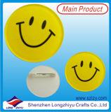 Los pasadores de botón de cara de sonrisas insignia de la hojalata con diseño personalizado disponible