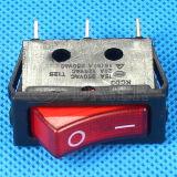 La luz roja en el interruptor basculante R11