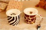 Tazza di ceramica normale bianca all'ingrosso personalizzata promozionale con il coperchio