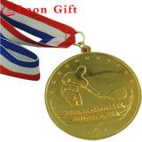 金属によって切り取られる形のエナメルは選手権のためのメダルを遊ばす