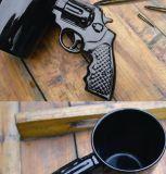 Caneca creativa do revólver do tiro da pistola de Cearmic da simulação 3D da forma