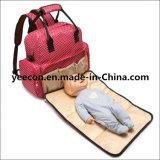 Trouxa Multifunctional da mamã do saco do tecido do bebê com almofada em mudança