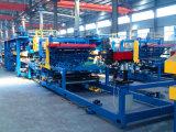 熱絶縁体のためのEPSサンドイッチパネルの機械装置