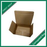 フリップ差込みのふたが付いている段ボール紙のボードの荷箱