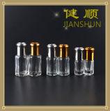 Bottiglia di profumo di vetro con la capsula di alluminio