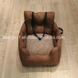 Ledernes Haustier-Möbel-Sofa-Hundeluxuxbett auf Auto Soem