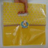 Sacchetto di acquisto di plastica stampato abitudine impaccante del sacchetto del regalo del boutique