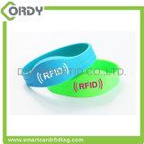 Intelligenter RFID NFC Silikon-Wristband/Armband des vollständigen Verkaufs-Firmenzeichen-Drucken-