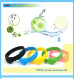 Bracelet différent de produit répulsif de moustique de silicones de tailles