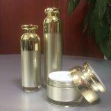 Belle estetiche di lusso vuote che impaccano le bottiglie della pompa e vaso senz'aria 30ml 50ml