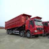 Sinotruk는 HOWO 8X4 팁 주는 사람 트럭 트럭을 나른다