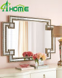Espejo moldeado con el diseño simple para la decoración casera