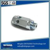 Il CNC di abitudine che lavora di alluminio alla macchina di superficie di lustro la pressofusione usata per l'automobile