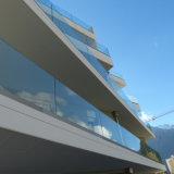 Barandilla de cristal de Frameless del canal U de cristal exterior del pasamano para el balcón