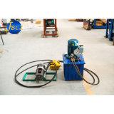 Presse hydraulique pour en appuyant sur le raccord de la machine