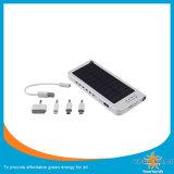 LED를 가진 대용량 태양 충전기 또는 태양 은행
