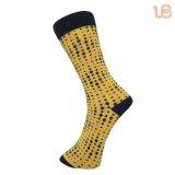 La manera de los hombres puntea calcetines causales llanos