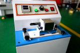 Microcomputador controlam a impressão de teste de durabilidade de tinta