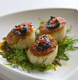 Un aglio nero antiossidante delle 12 teste con sapore della liquirizia