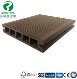 Trou rond extrusion PVC de plein air Co WPC Decking