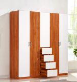 De houten MDF Garderobe van de Melamine van het Triplex met Moderne Stijl