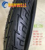 La motocicleta del alto rendimiento pone un neumático 90/90-17 90/90-18 Tl