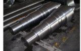 Exakter maschinell bearbeitender legierter Stahl, der zentrale Welle für Kran-Antriebsrad schmiedet
