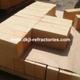 Altos ladrillos refractarios encendidos de la talla estándar del alúmina para el horno