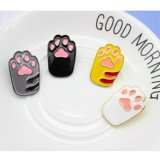 Значок лапки кота собаки шаржа эмали милый для одежд
