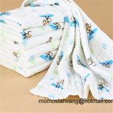 柔らかい綿モスリンの赤ん坊毛布は高品質の毛布を包む