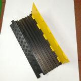 Протектор кабеля 5 каналов Китая изготовления Fixable напольный резиновый