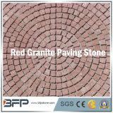 Камень красного гранита круглой формы вымощая - зацепленный камень Cobble для снаружи