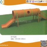 体操の子供の屋外の木の適性装置