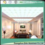 Bello soffitto polimerico di resistenza della corrosione del reticolo della pietra dell'oro con la riga d'argento