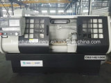 Máquina horizontal do torno do CNC Ck6150