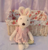 Cute Stuffed Rabbit Plush Toy com roupas