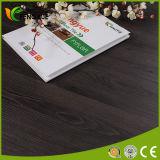 plancher en plastique de PVC de couplage de vinyle de couleur foncée d'épaisseur de 3.2mm