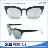 Manera de los ojos de gato la mayoría de las gafas de sol populares de las mujeres