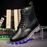 Nouveau produit Bottes en cuir femme et homme avec feux à LED