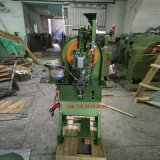 Het Voeden van Automatice van de fabrikant de Machine van de Oogjes van de Spijker van de Machine van de Klinknagel