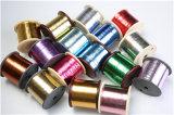 Amorçage métallique coloré pour des insignes de broderie
