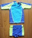 Двухкусочный симпатичный Swimwear для мальчиков, Beachwear популярный, UV комплект