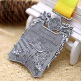 青銅色のカスタム賞のマラソンメダル連続したスポーツメダル